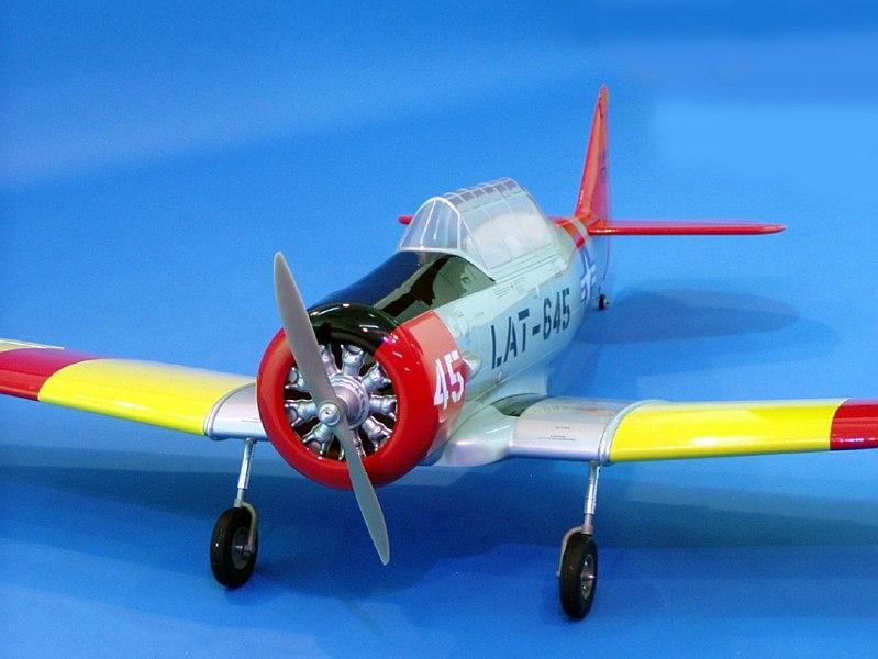 AT-6 Texan 160 ARF rozp.2090mm CMP051