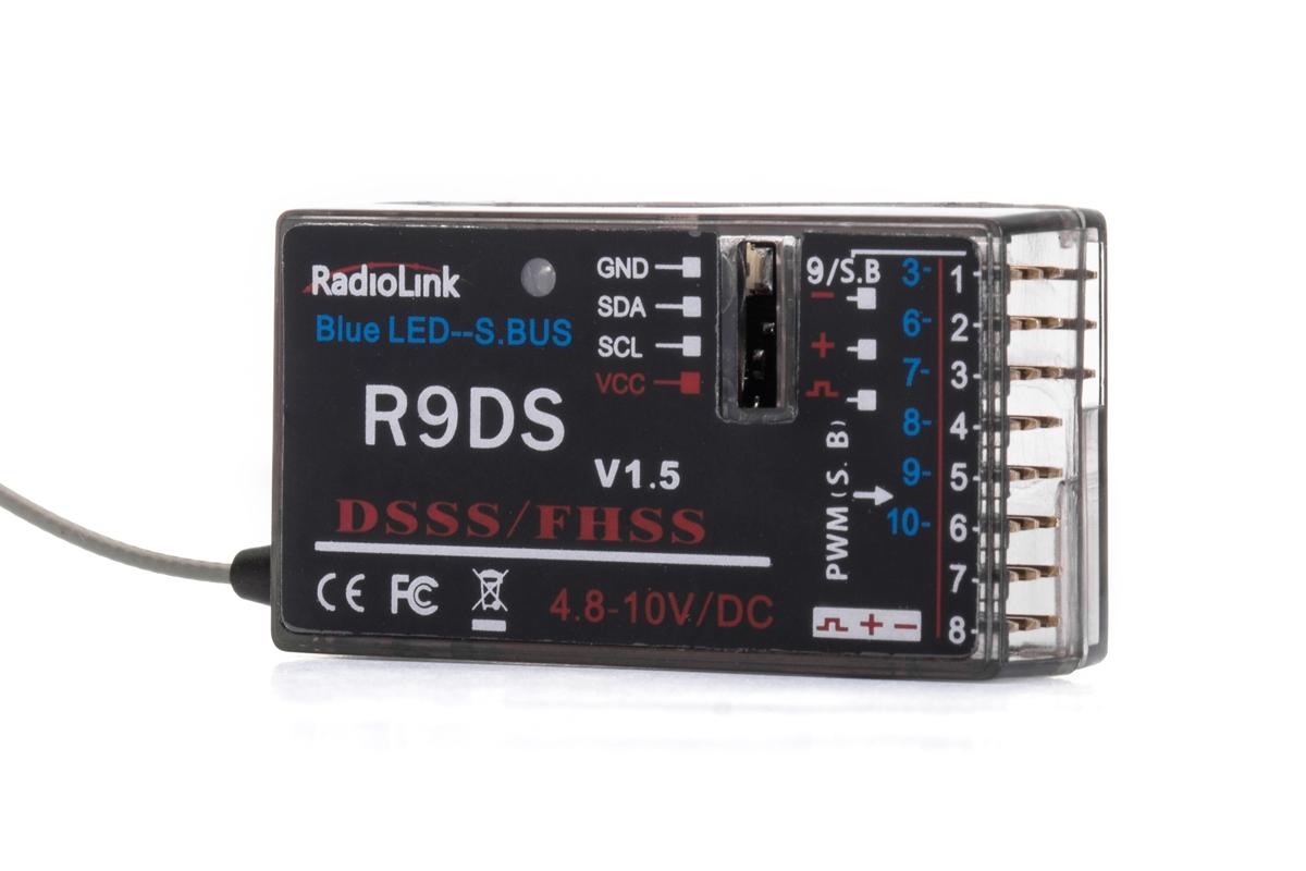 Přijímač R9DS