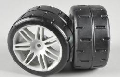 Zadní gumy typ D (hard směs) nalepené na bílých discích